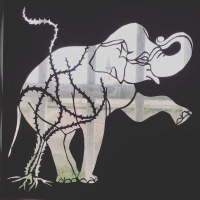 scherenschnitt_web_elefant02
